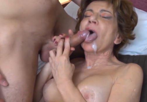 vanhat naiset katso porno