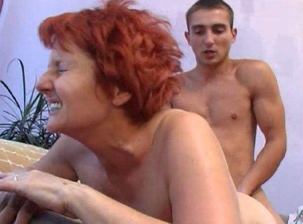 kiimainen Aasian äiti porno