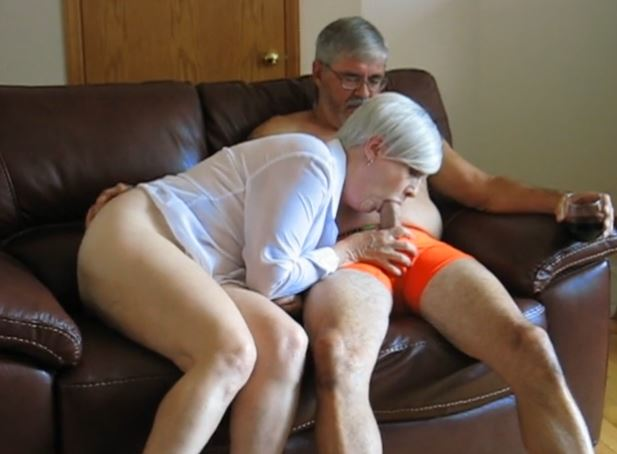 kulli pillu isoäiti seksi
