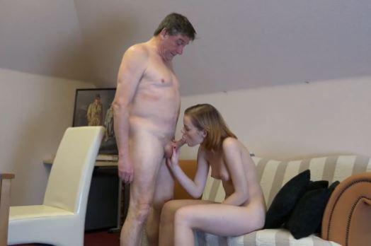vanha mies porno ilotyttö paljastaa