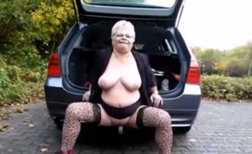 mummon isot tissit naiset masturboi